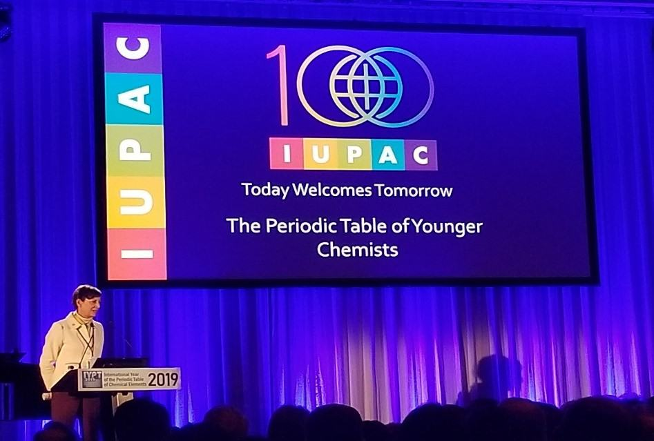 Presentation closing ceremony international year of the periodic table